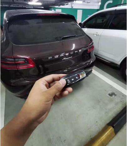2017-porsche-macan-add-key-on-the-bench-by-acdp-1